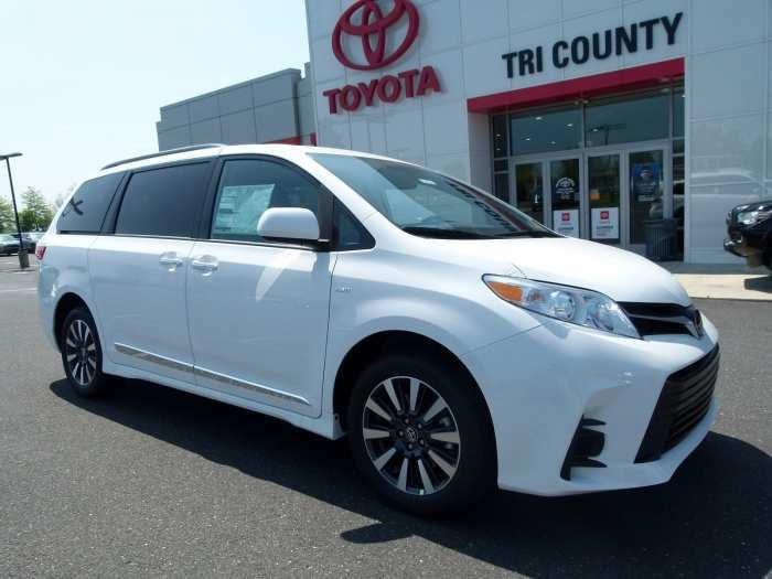 88 A 2020 Toyota Sienna Research New