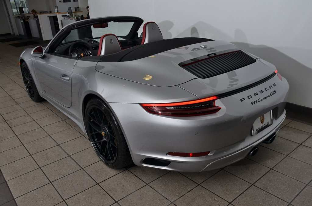 88 The 2019 Porsche 911 Carrera Picture
