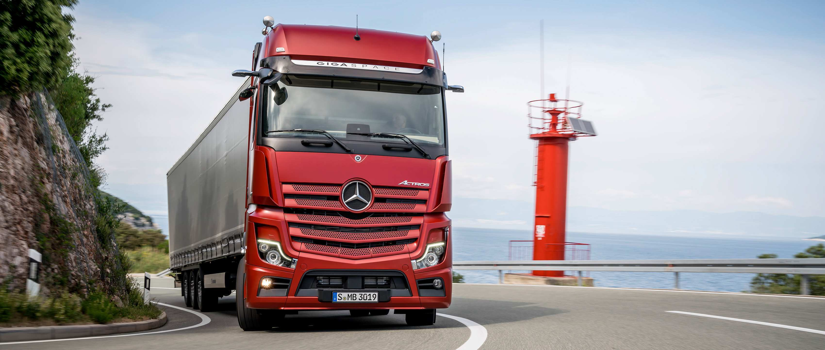 88 The Mercedes Truck 2019 Spesification