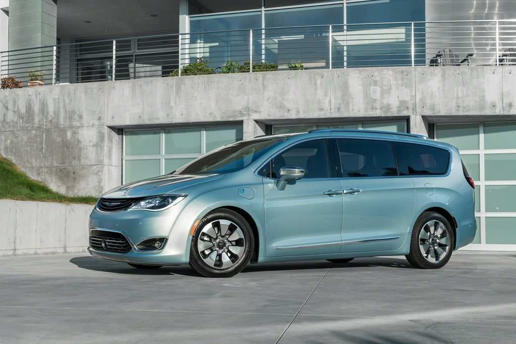 89 A 2019 Chrysler Town Country Awd Reviews