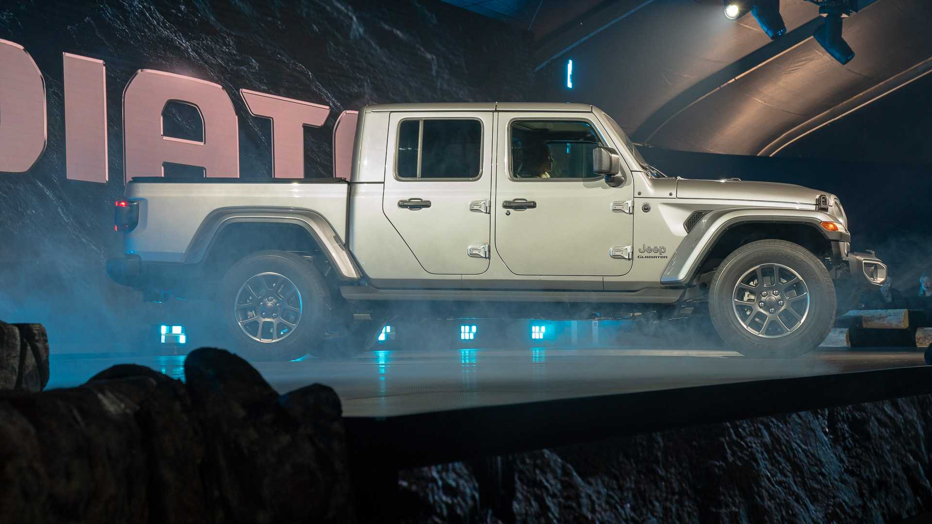 89 A 2020 Jeep Gladiator Aftermarket Parts Release Date And Concept