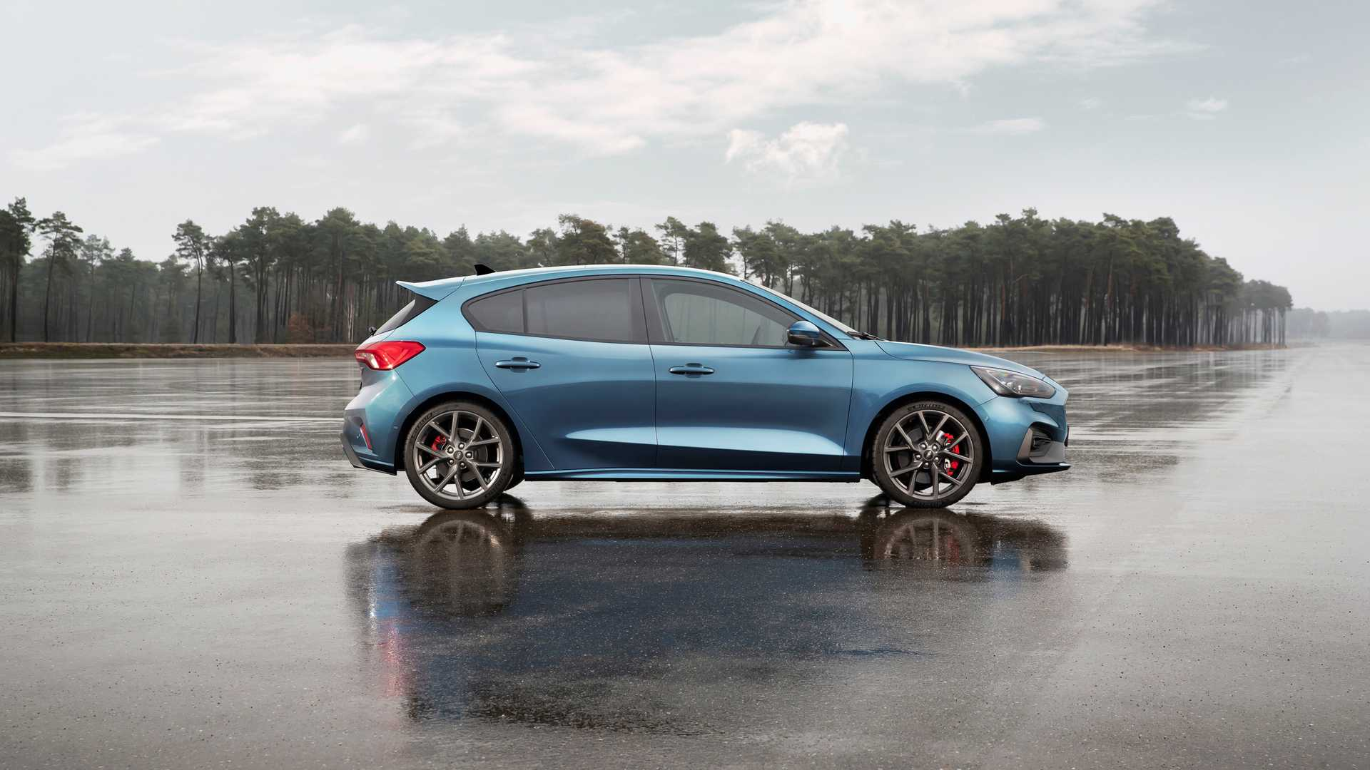 90 A 2019 Ford Focus RS Specs