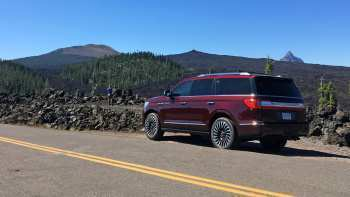 90 A 2019 Lincoln Navigator Overview