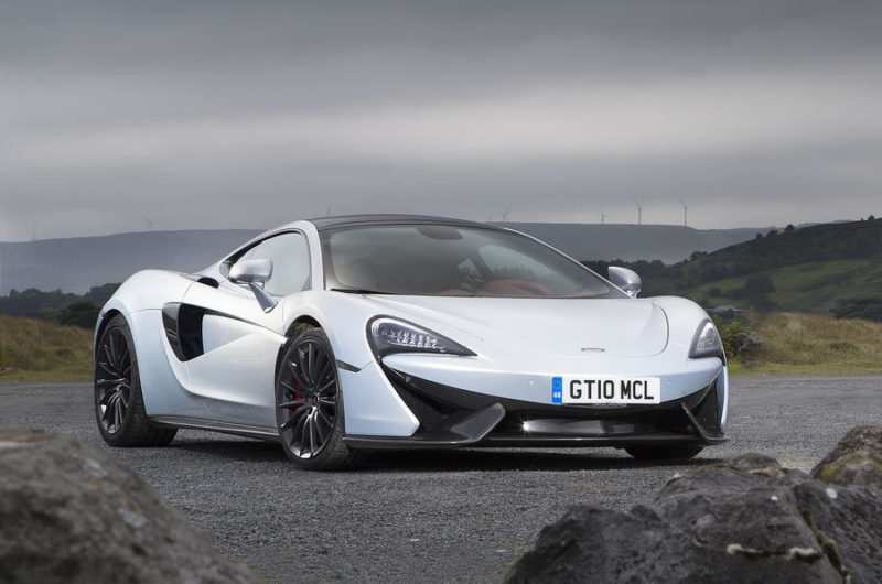 90 A 2020 McLaren 570S Coupe Speed Test