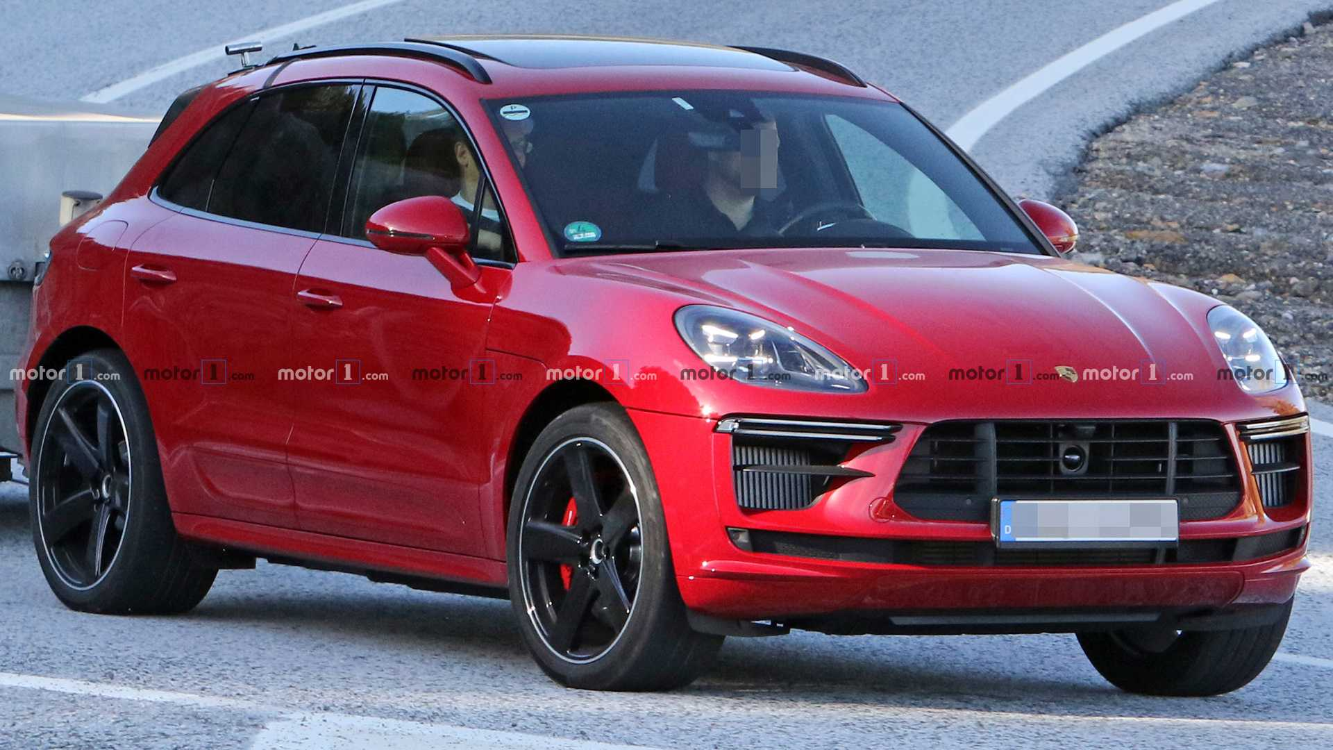 90 A 2020 Porsche Macan Turbo First Drive