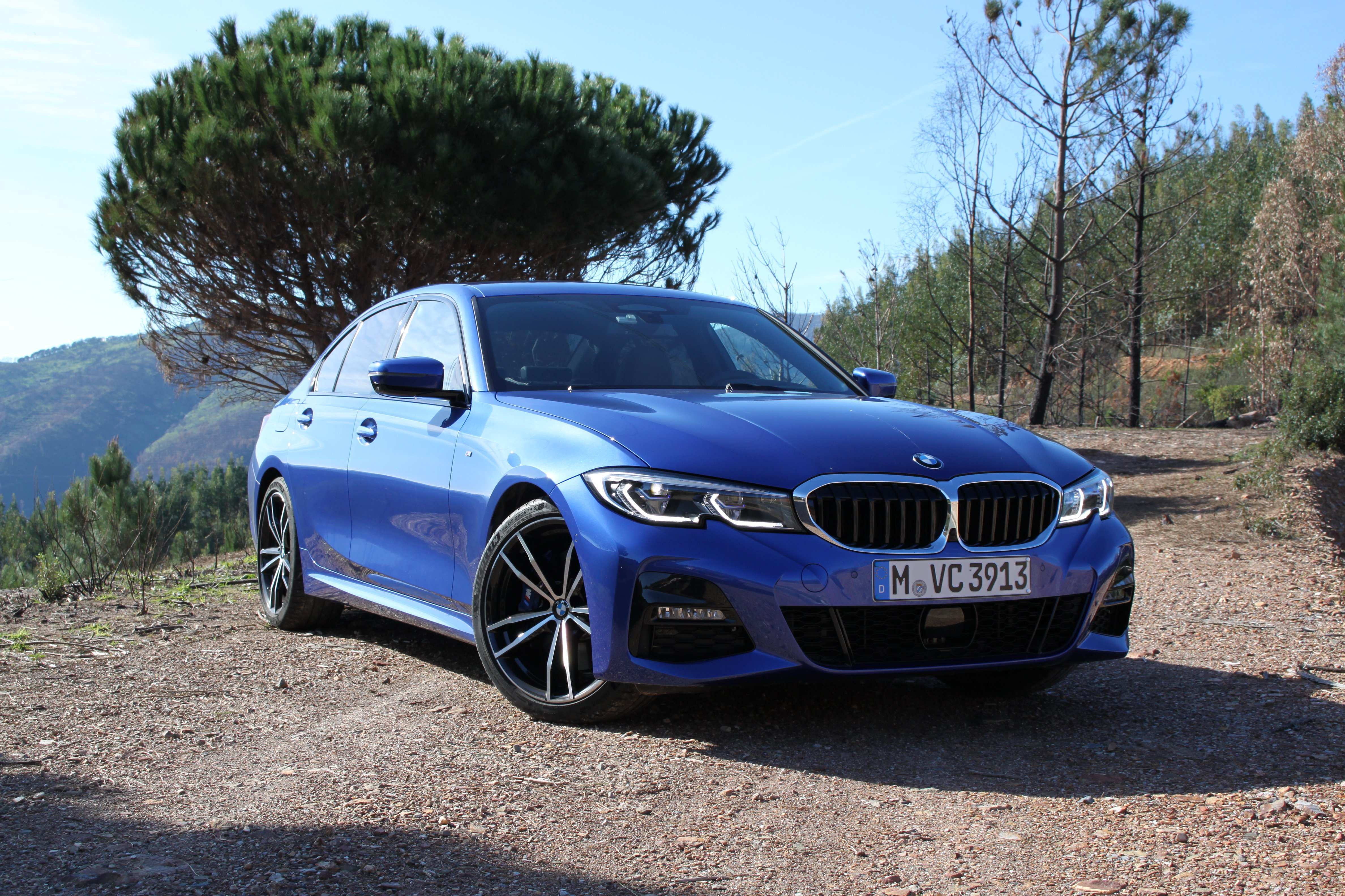 90 A BMW Series 3 2020 Research New