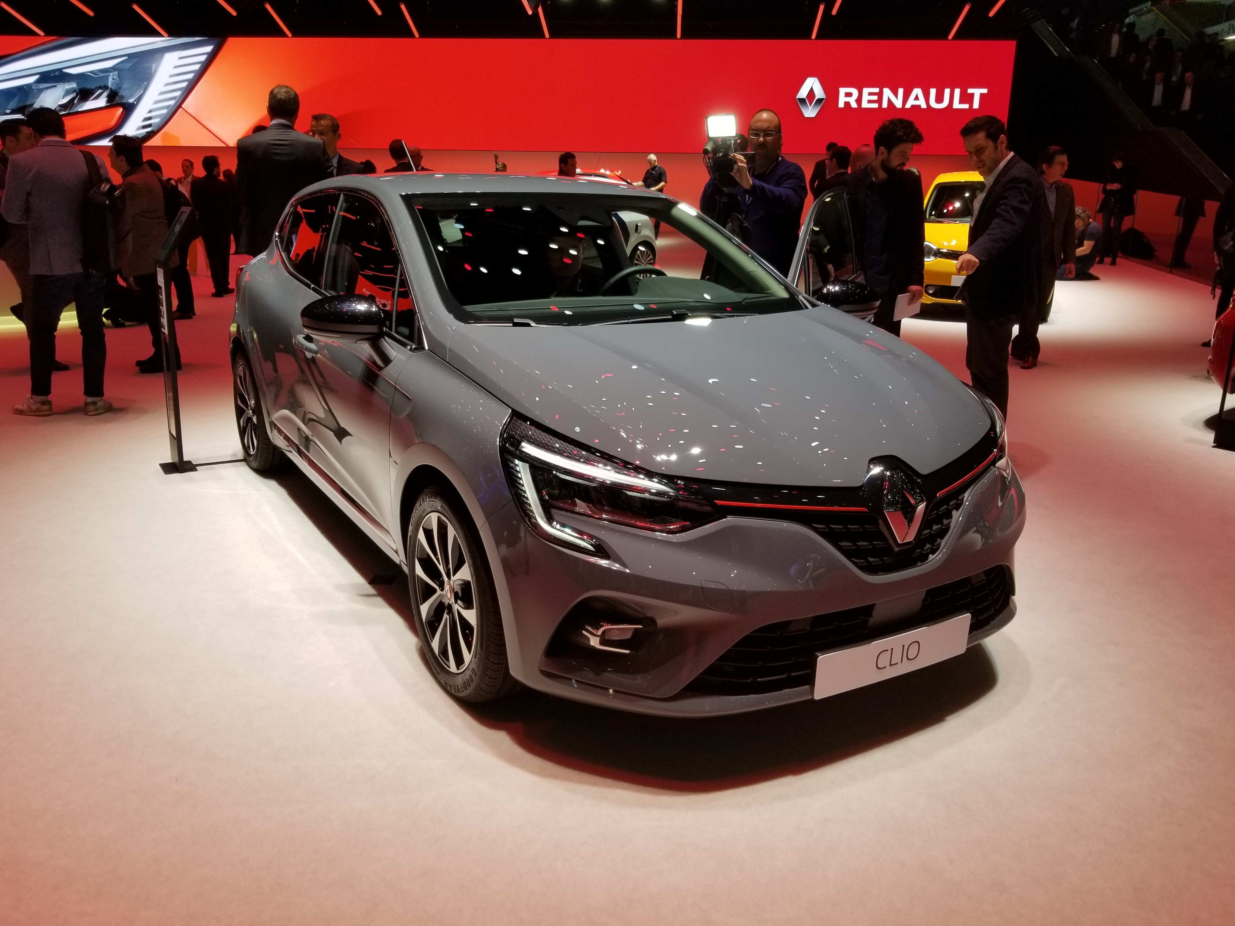 90 The 2020 Renault Kadjar Concept