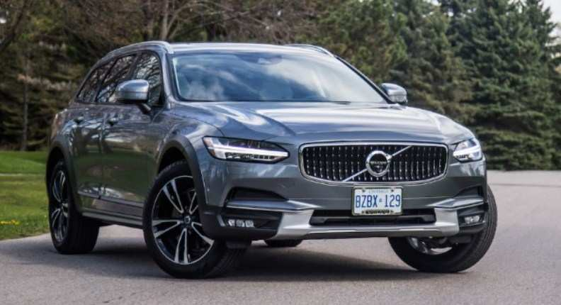 90 The 2020 Volvo V90 Speed Test