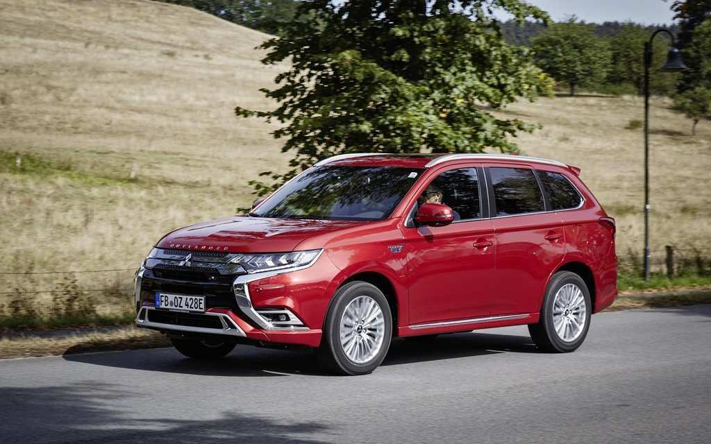 90 The Best Mitsubishi Outlander Plug In Hybrid 2020 Model