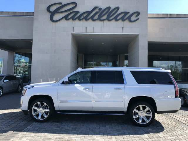 91 A 2019 Cadillac Escalade Wallpaper