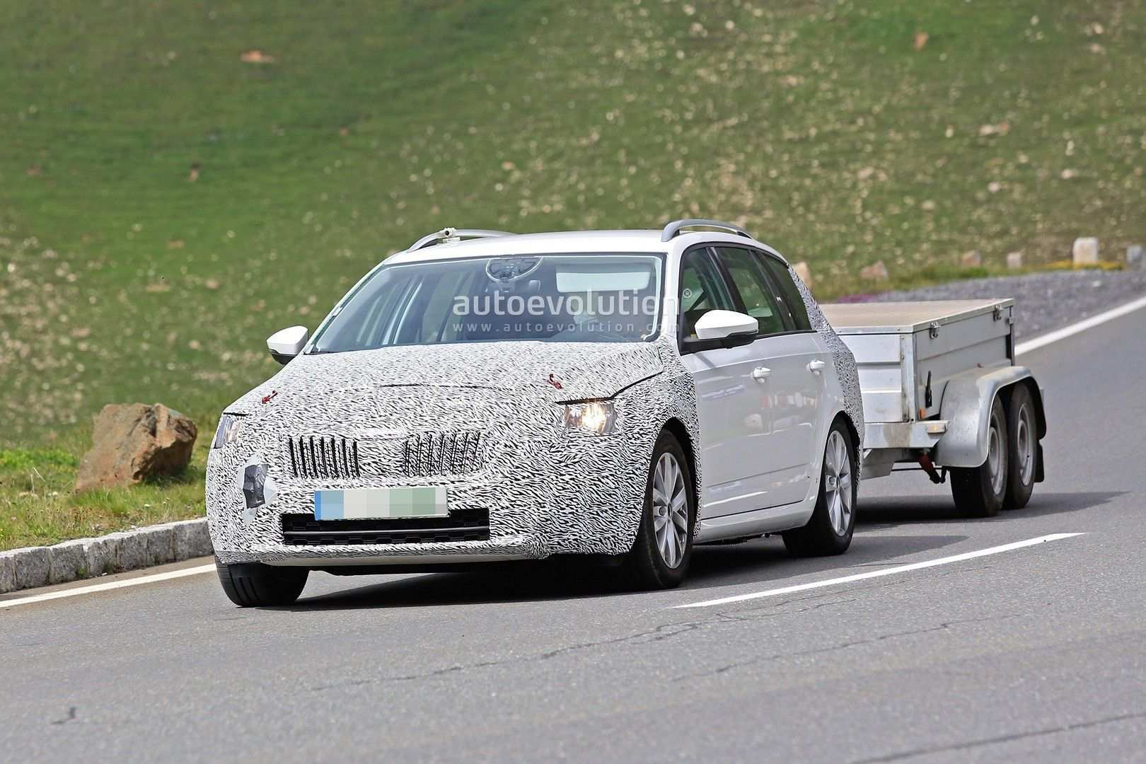 91 New Spy Shots Skoda Superb Performance And New Engine