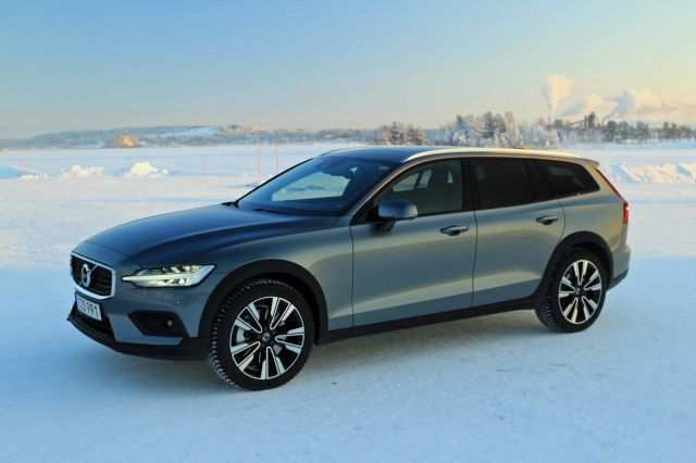 91 New Volvo 2019 V60 Cross Country Release