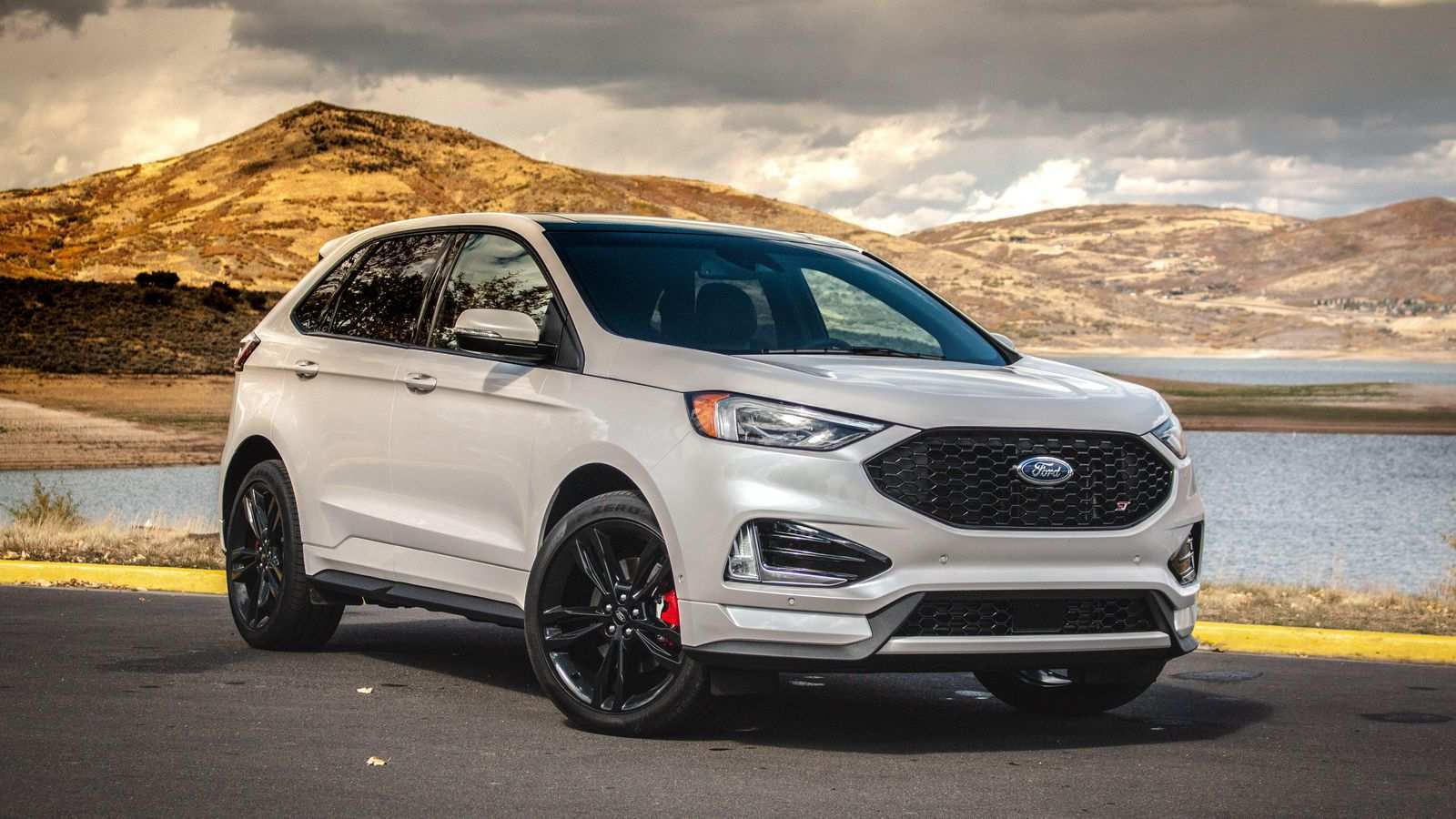 92 A 2019 Ford Edge Sport Exterior And Interior