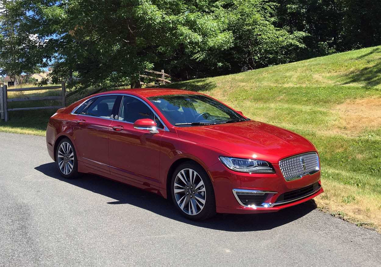 92 A 2019 Spy Shots Lincoln Mkz Sedan Concept
