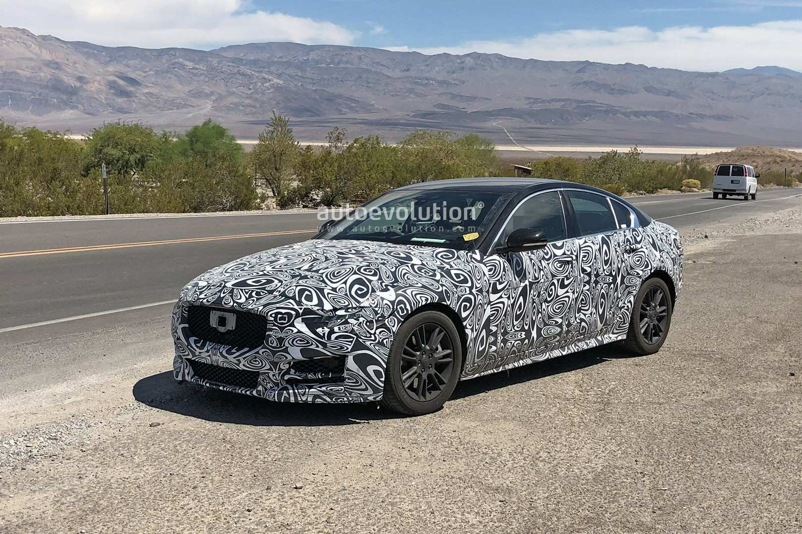 92 New 2020 Jaguar Xe Sedan Concept And Review