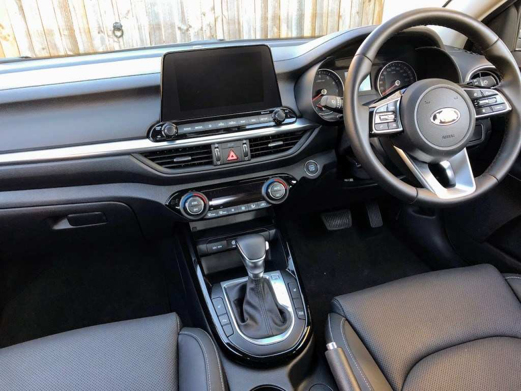 92 New Kia Cerato 2019 Interior Pictures