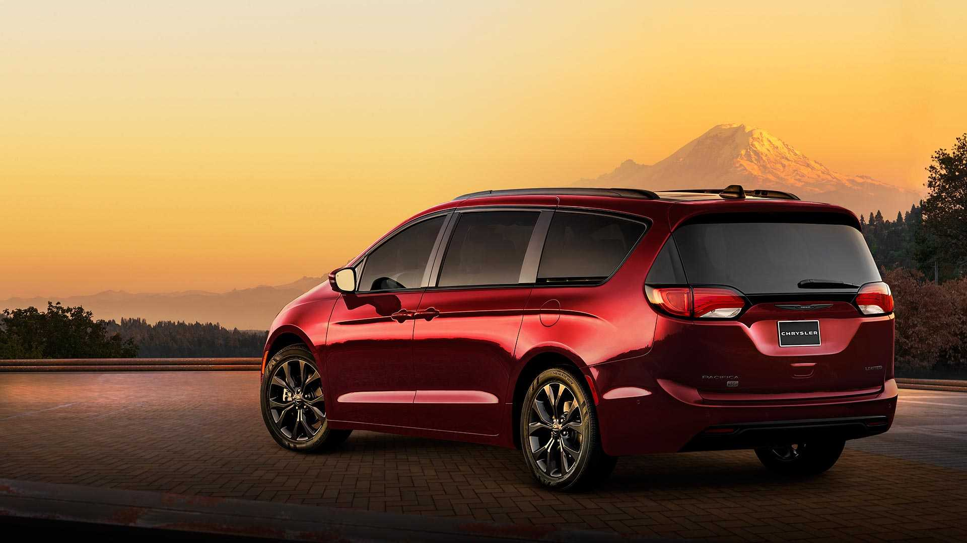 92 The Best 2020 Chrysler Town Country Awd New Concept