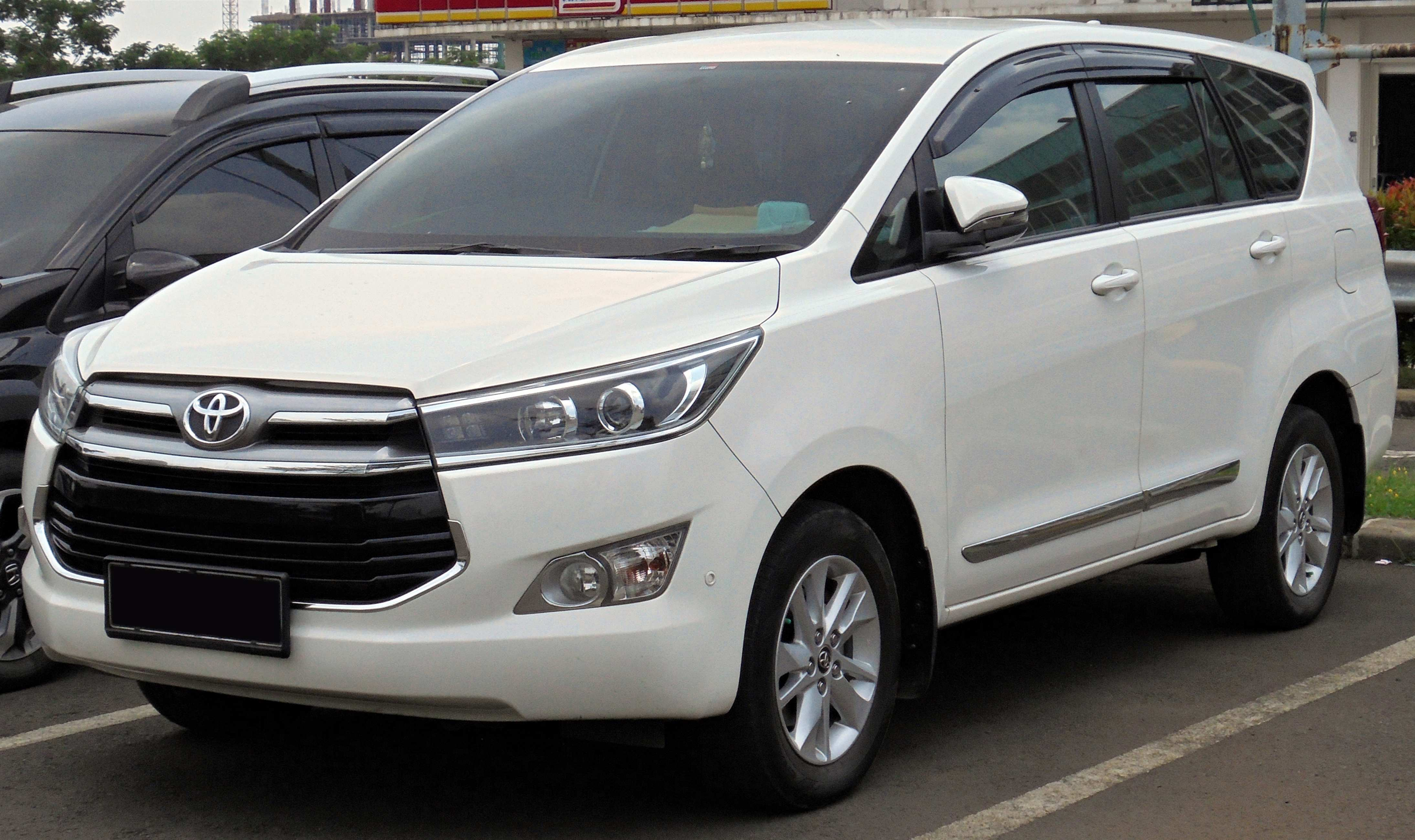93 A 2019 Toyota Innova Research New
