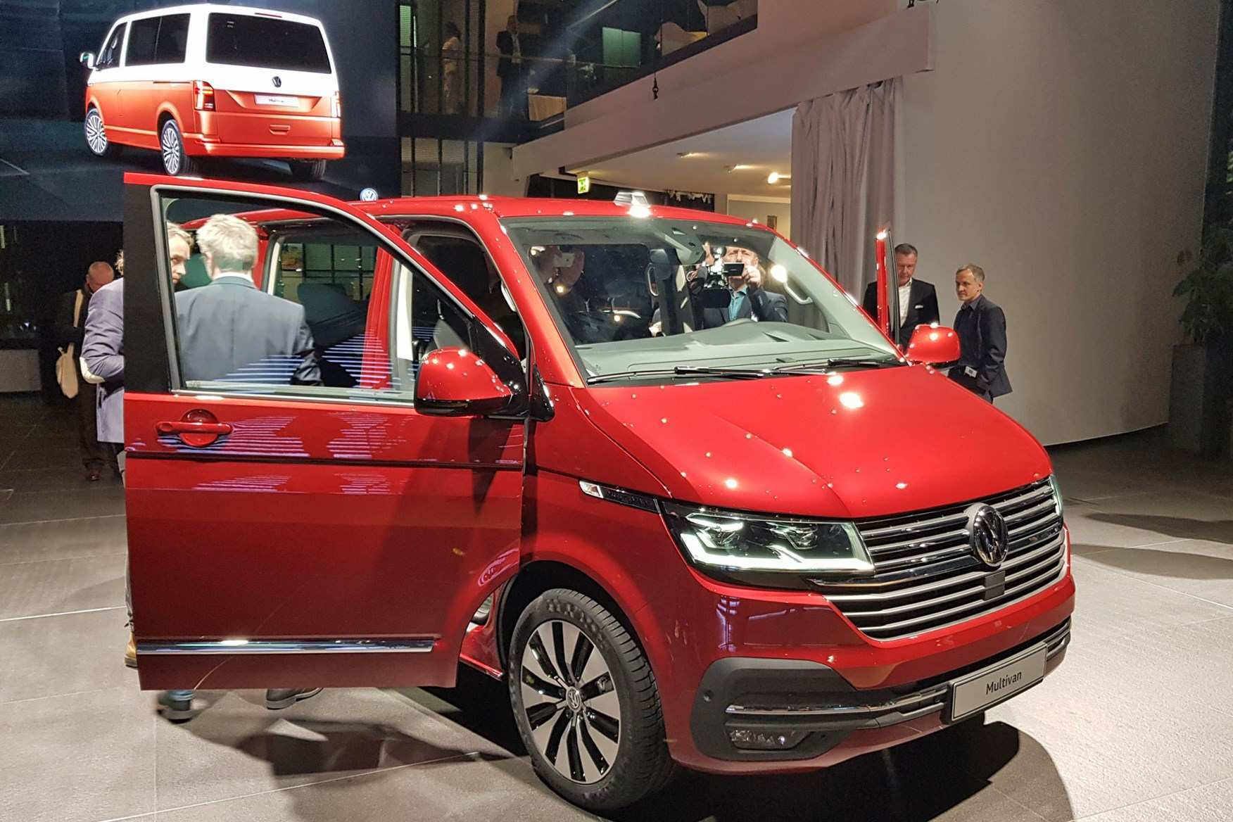 93 The 2019 Volkswagen Transporter Style
