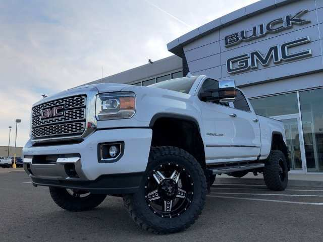 94 A 2019 GMC Denali 3500Hd First Drive