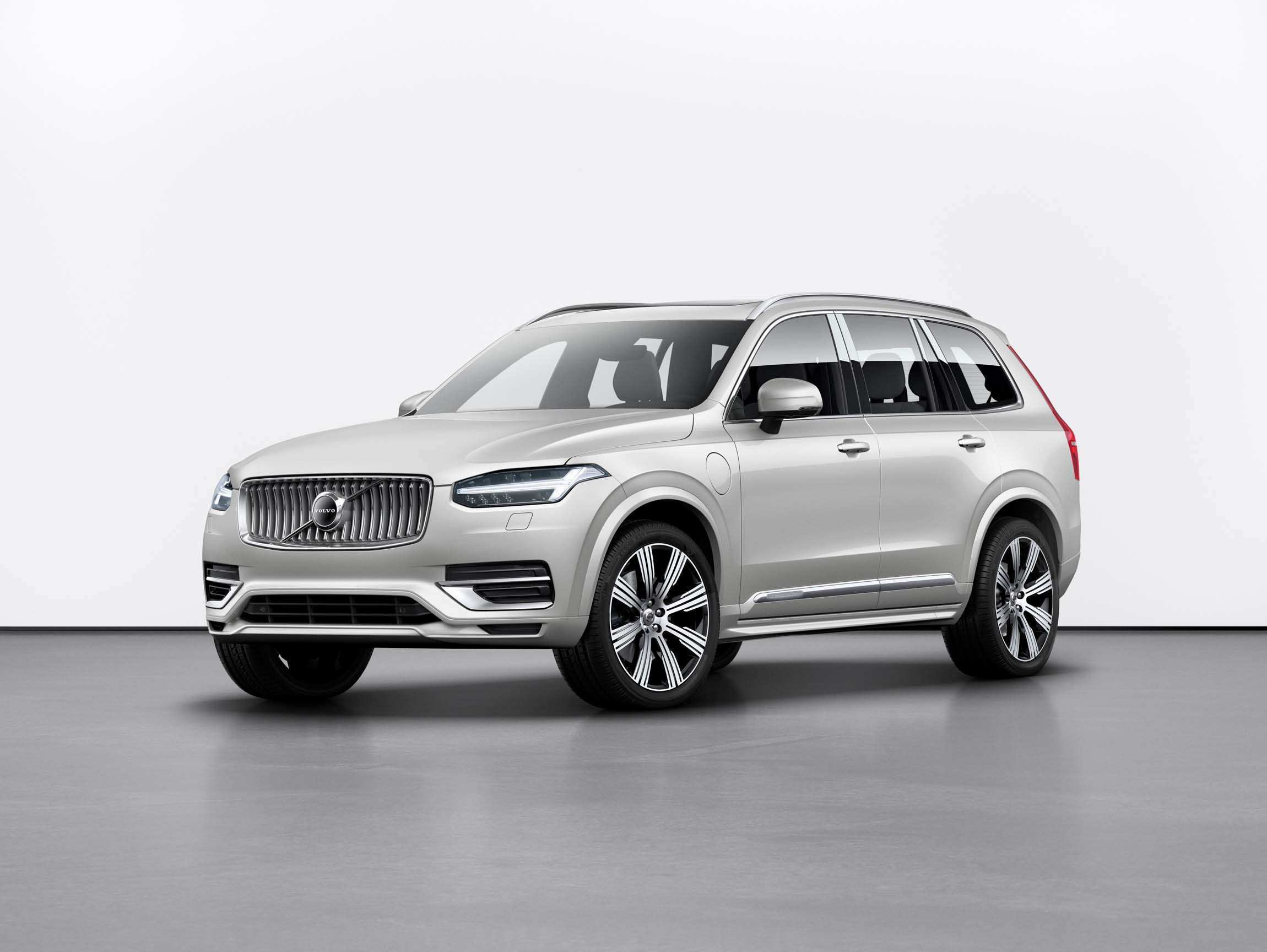 94 A Volvo Suv 2020 Overview