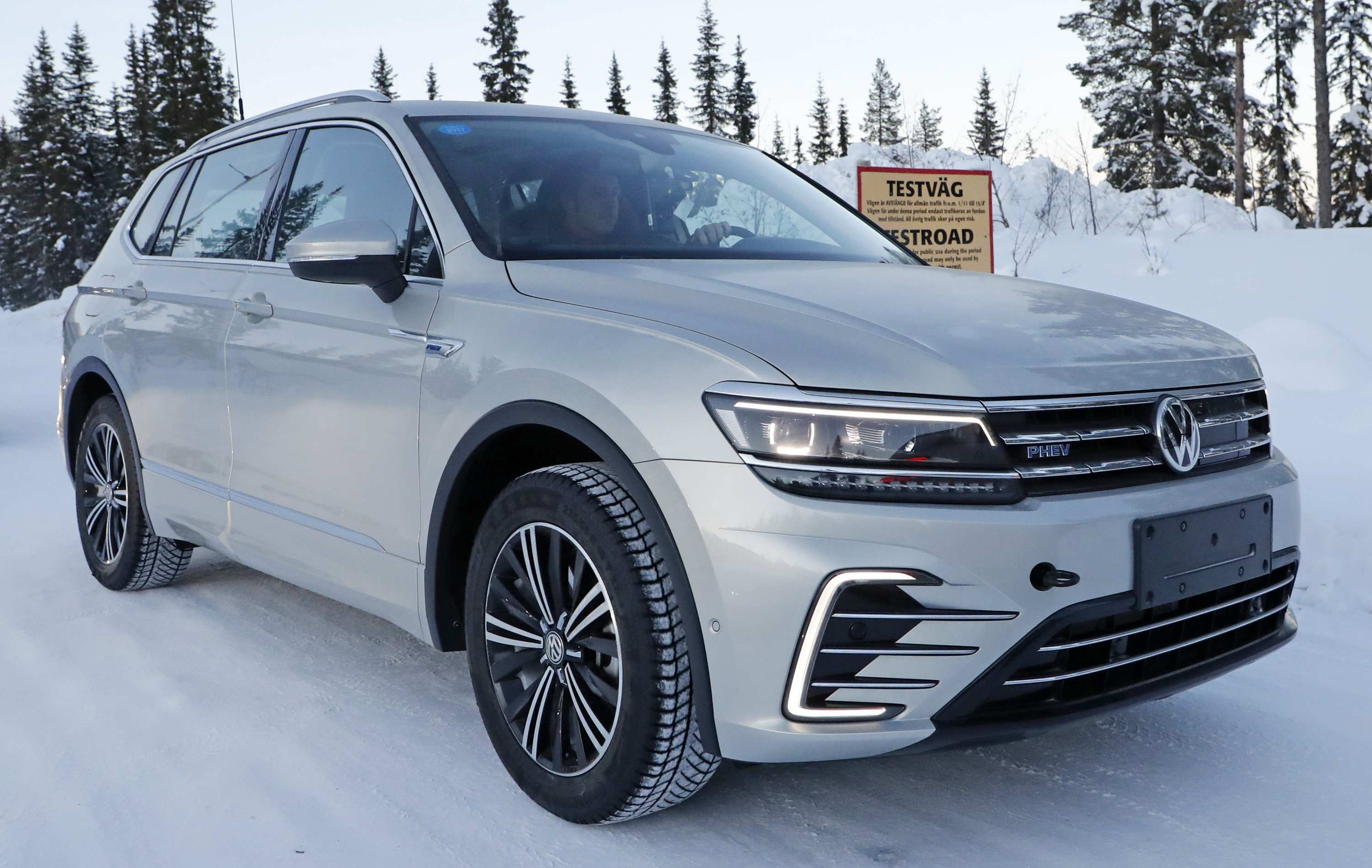 94 All New Volkswagen Tiguan Hybrid 2020 Concept