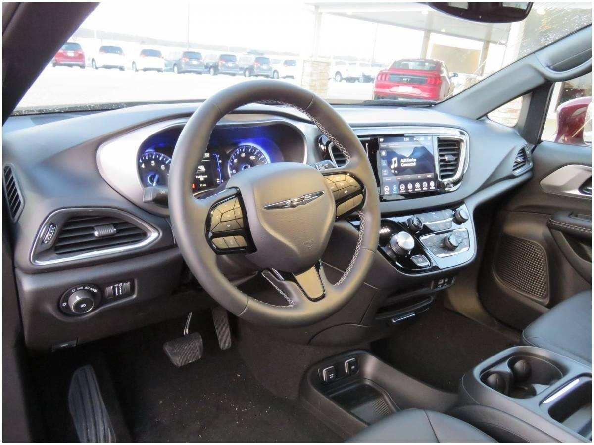 95 A 2019 Chrysler 200 Convertible Specs And Review
