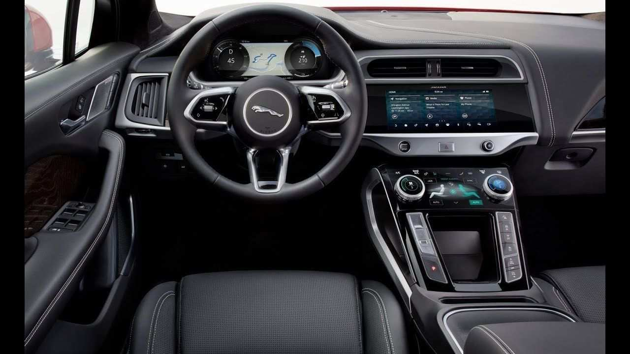 95 A Jaguar F Pace 2019 Interior First Drive