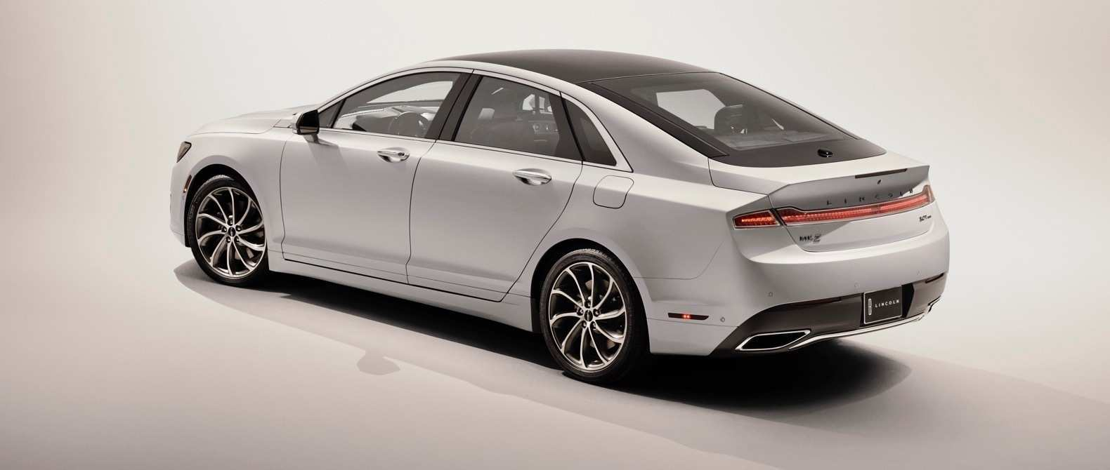 95 New Spy Shots Lincoln Mkz Sedan Specs