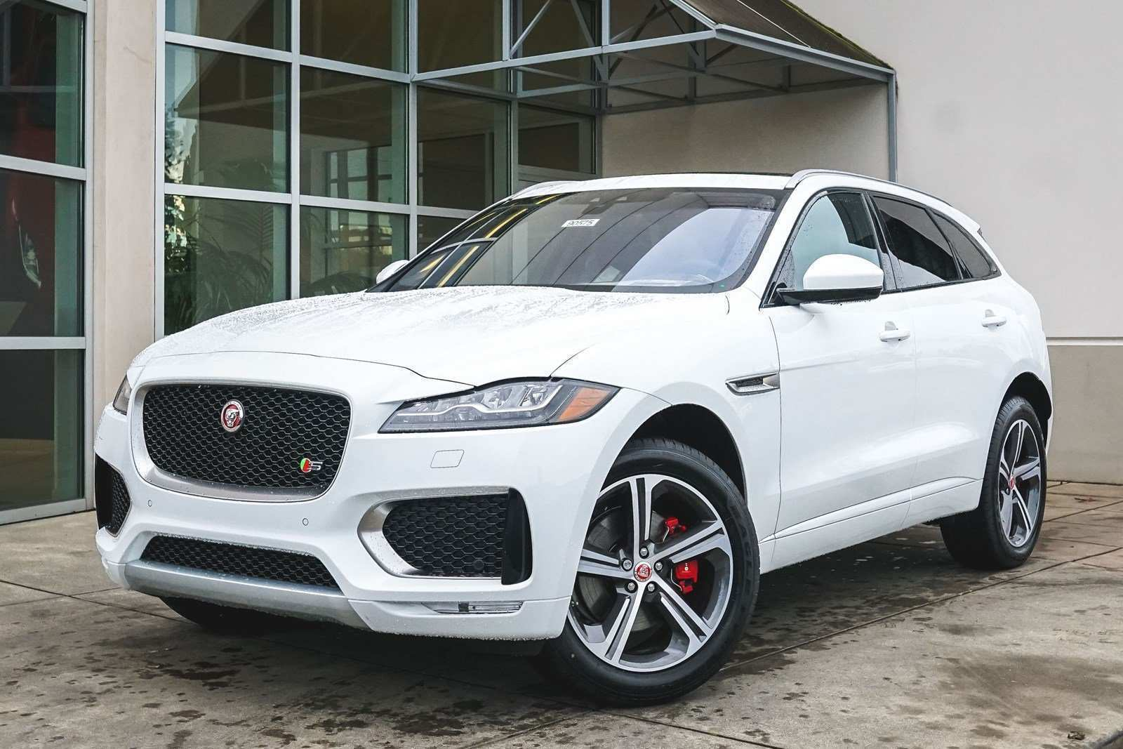 95 The 2019 Jaguar F Type Ratings