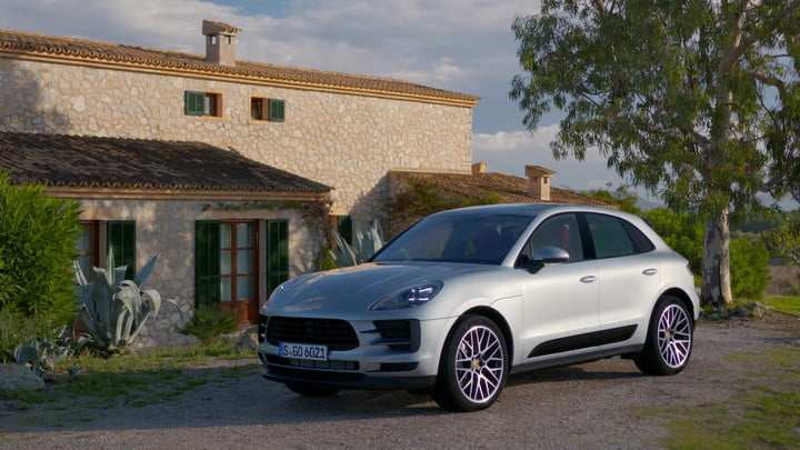 95 The 2019 Porsche Macan Turbo Spy Shoot