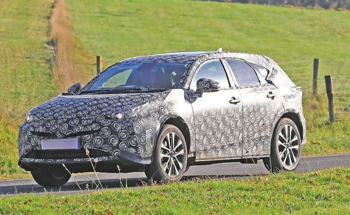 96 A 2019 Spy Shots Toyota Prius Overview