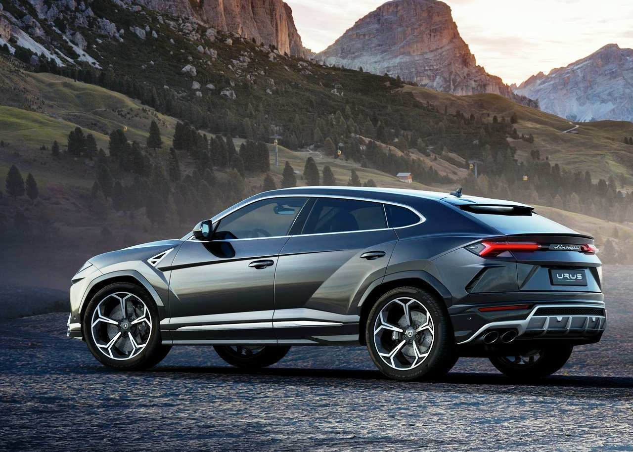 96 A 2020 Lamborghini Urus New Model And Performance