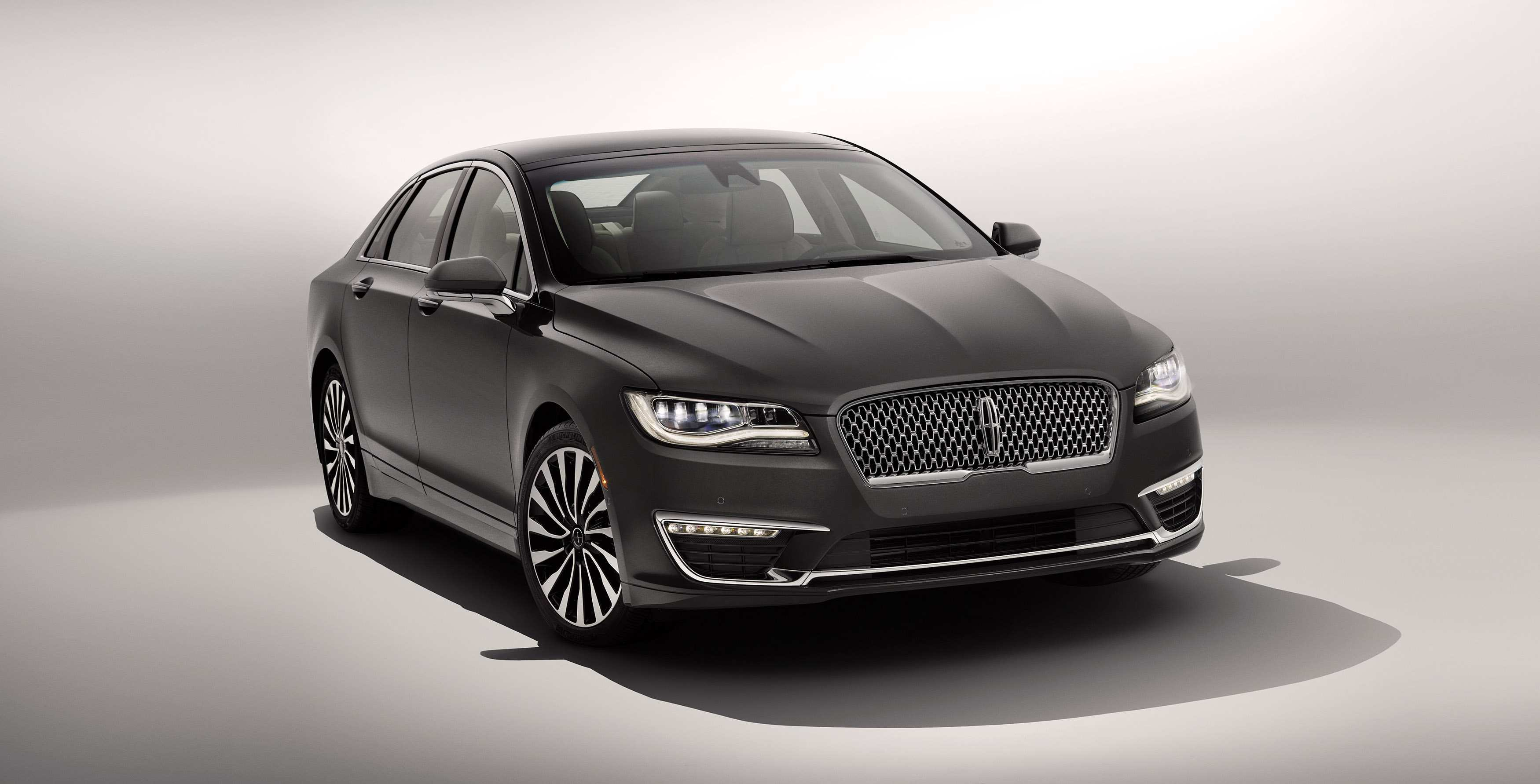 96 A 2020 Lincoln MKS Spy Photos Spy Shoot