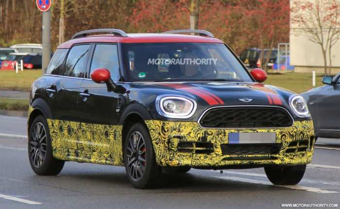 96 A 2020 Spy Shots Mini Countryman Concept