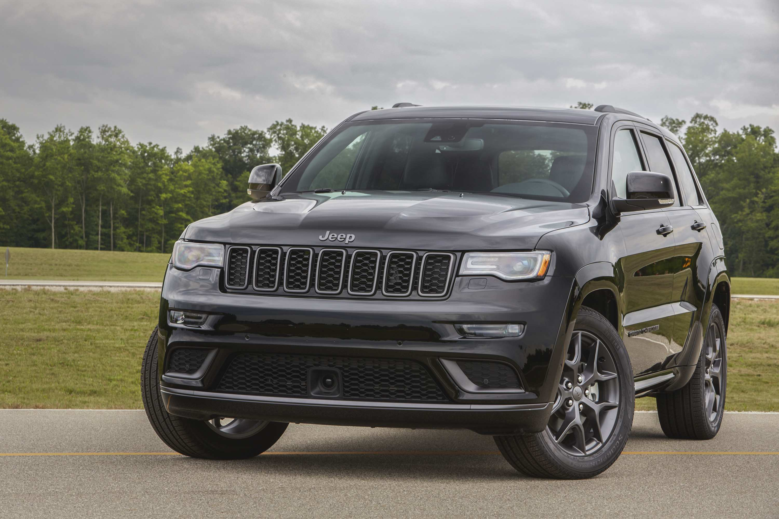 96 New 2019 Jeep Grand Cherokee Diesel Picture