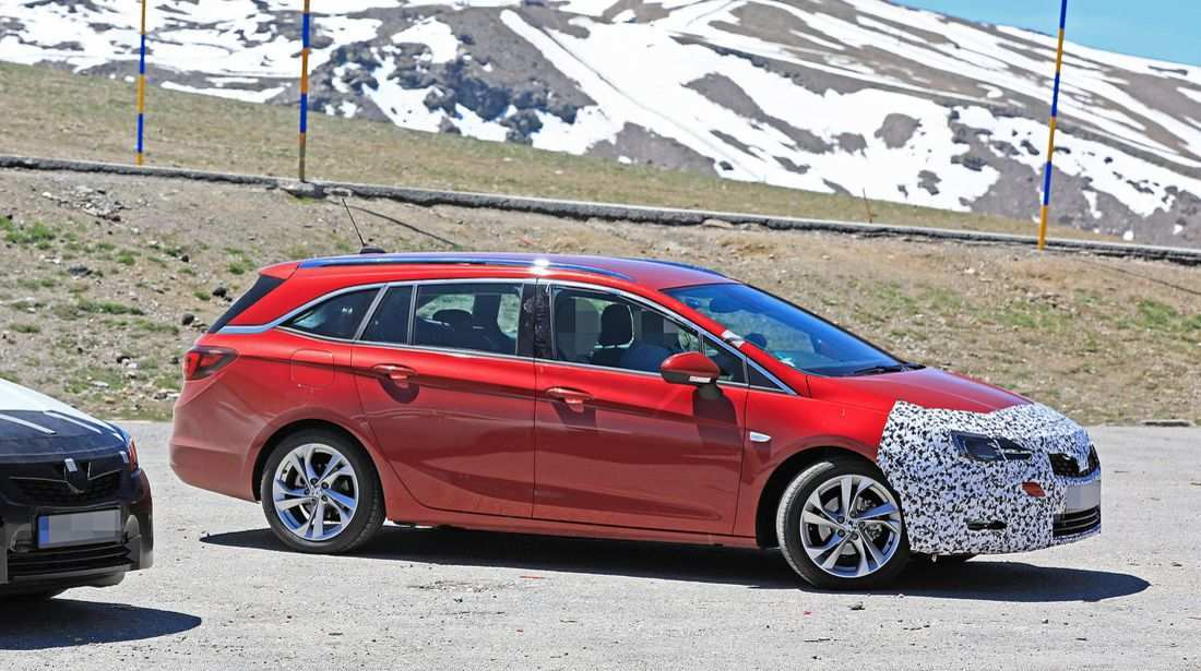 97 A Opel Astra K Sports Tourer 2020 Spy Shoot