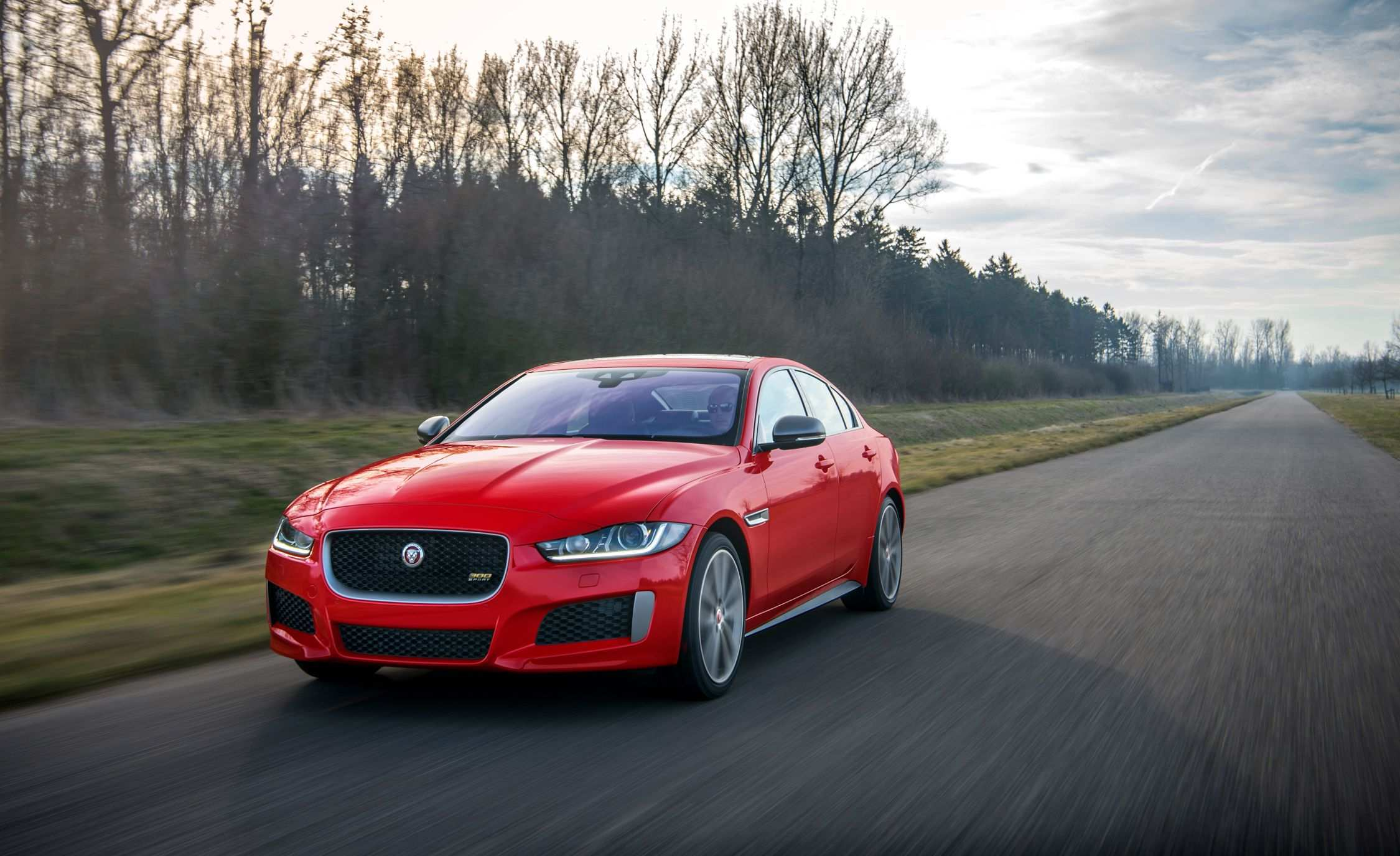 97 The 2019 Jaguar XE Pictures