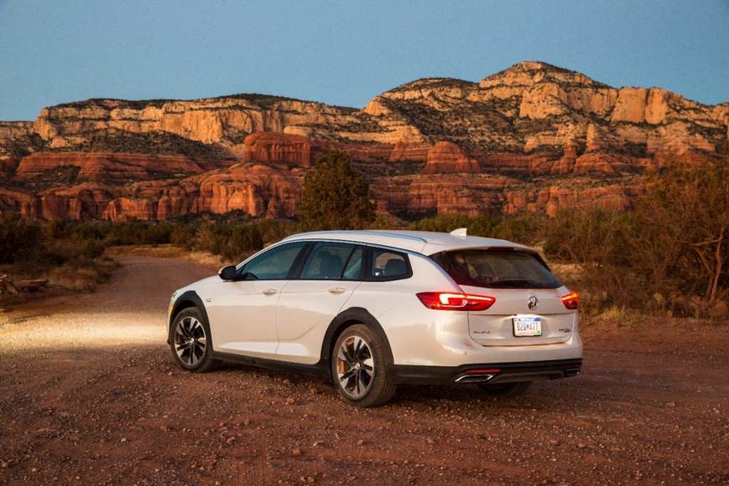 97 The 2020 Buick Regal Picture