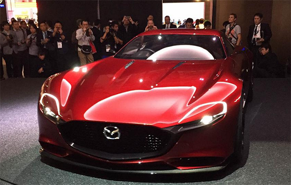 98 A 2019 Mazda RX7s Exterior And Interior