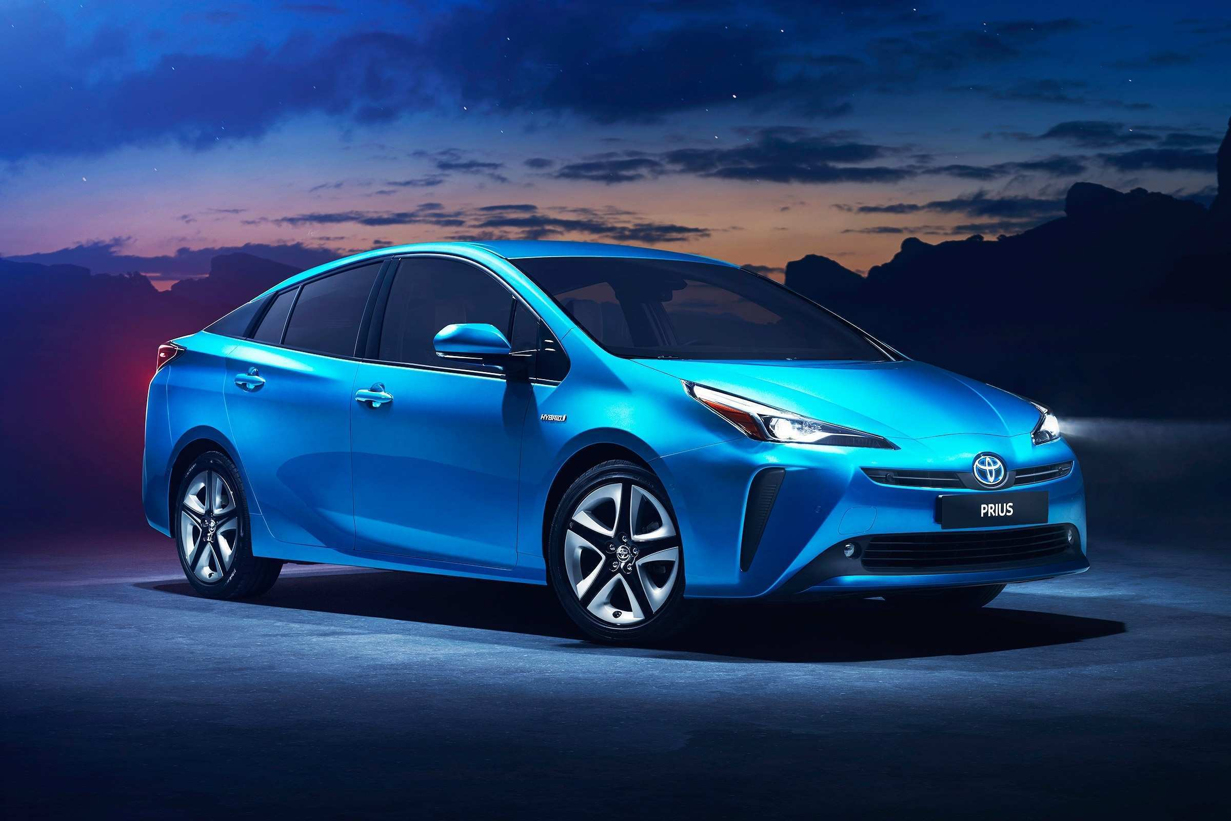 98 A 2019 Spy Shots Toyota Prius Reviews