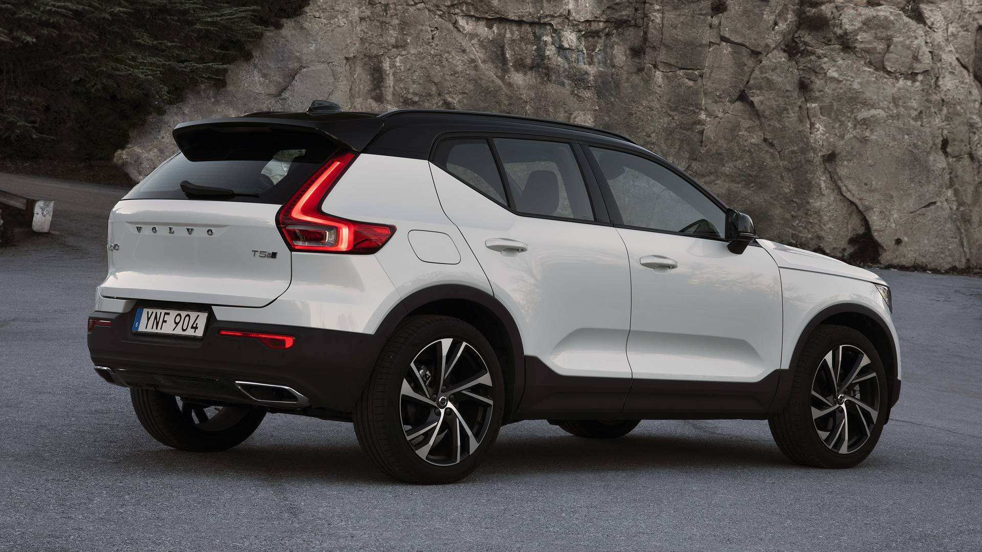 98 The Best Volvo Cx40 2019 Images