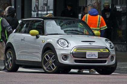 99 A Spy Shots Mini Countryman Wallpaper