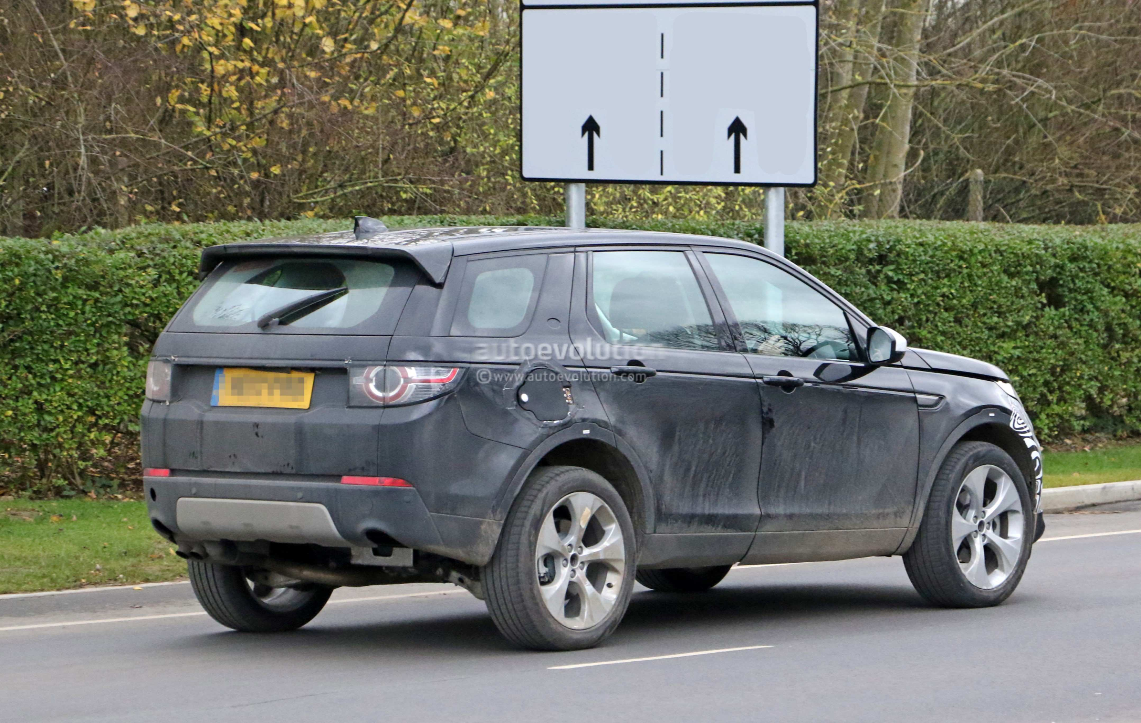 99 The Best 2019 Land Rover Discovery Spy Shoot