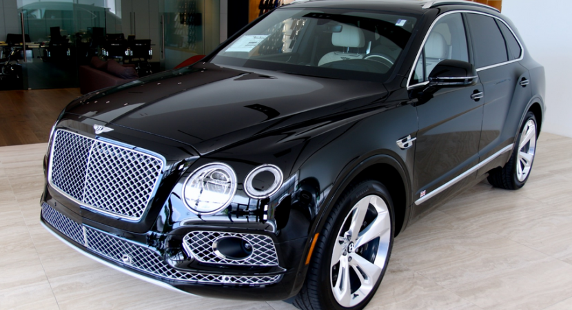 39 A 2020 Bentley Suv Model
