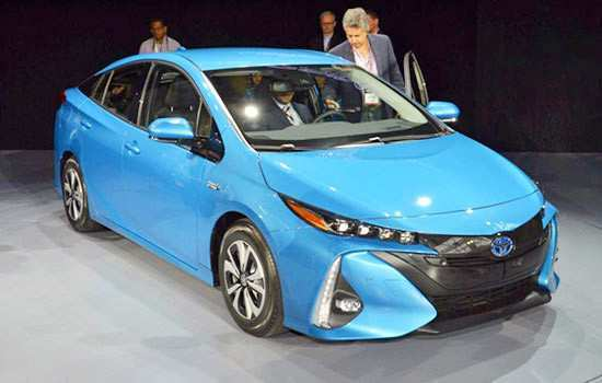 46 A 2019 Toyota Prius Plug In Hybrid Concept