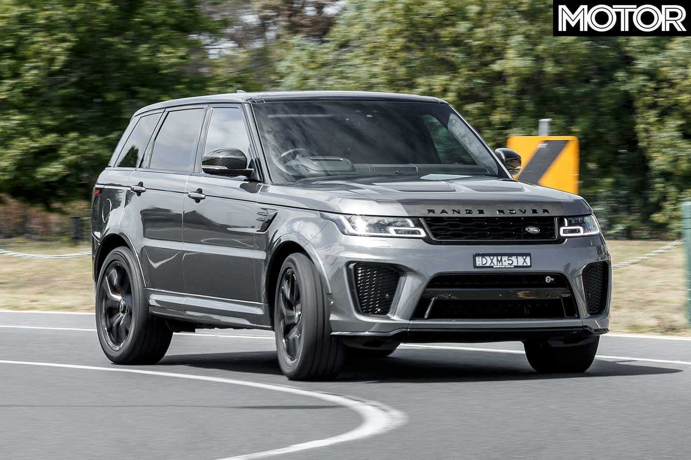 71 A 2019 Land Rover Svr Photos