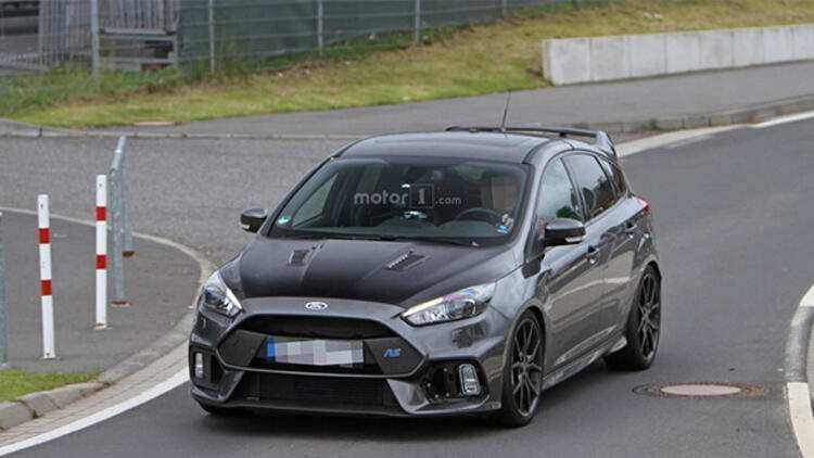 90 A 2019 Ford Focus Rs500 First Drive
