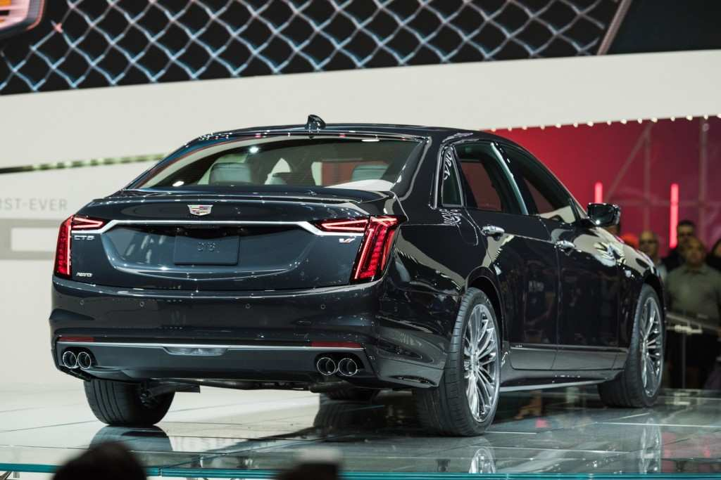 11 A 2019 Cadillac Releases Performance
