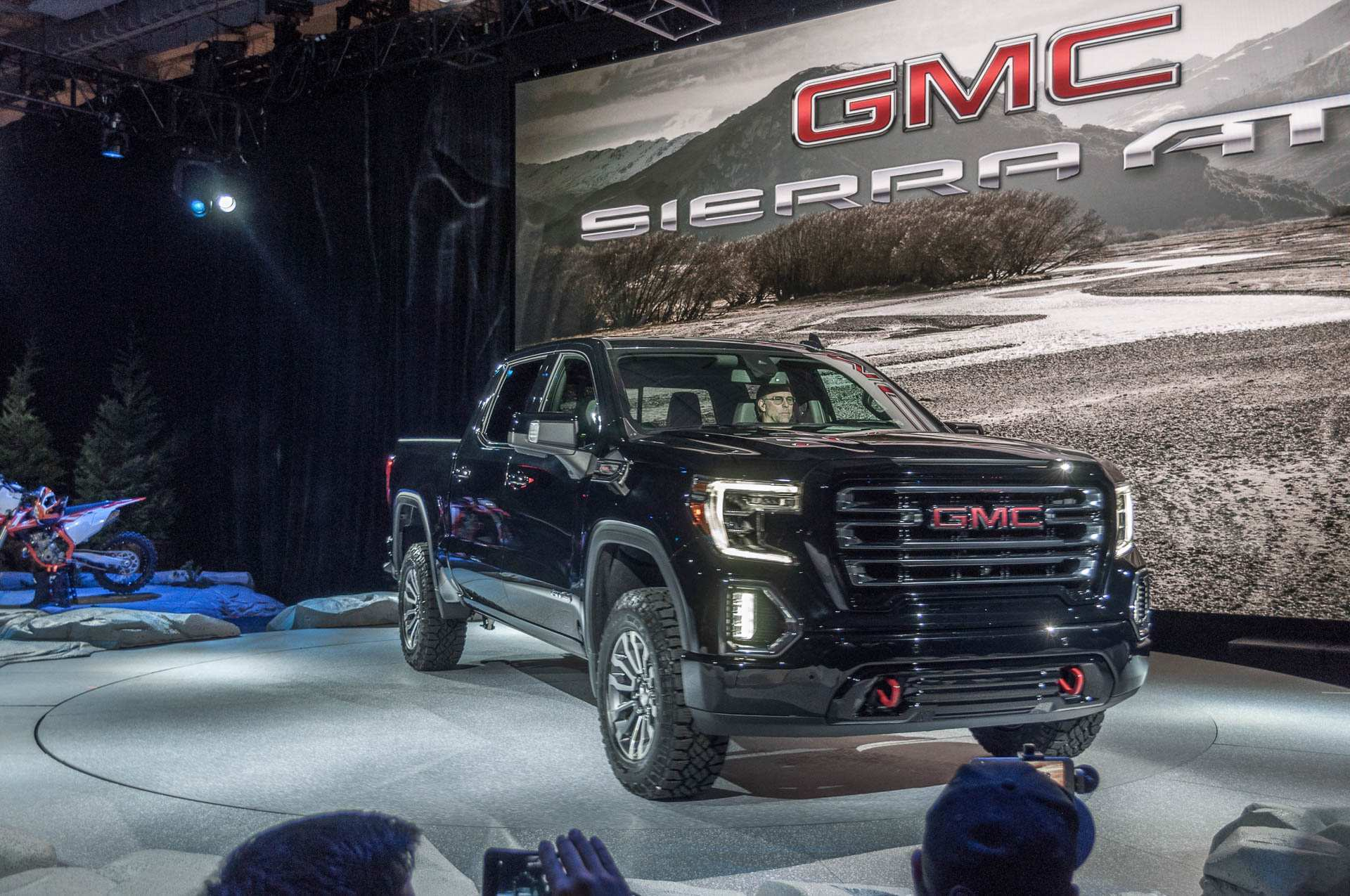 12 A 2019 Gmc Pickup Release Date Pricing